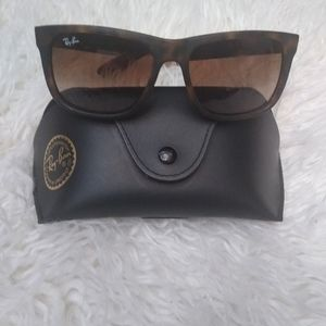 Ray-Ban sunglasses(see pics and description)